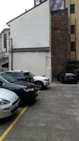 Милан, руины римской крепостной стены