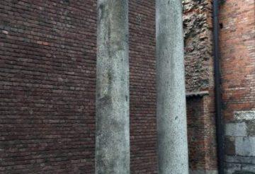 via porticata - colonne