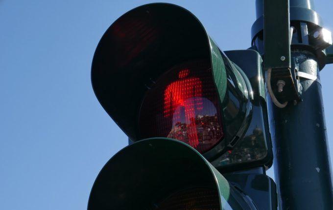 Blasenentzündung in der Stillzeit - rotes Ampelmännchen.jpg