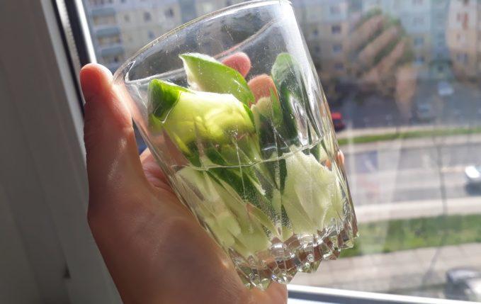 Hefeklöße - Gurkenwasser