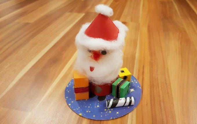 Weihnachtsmann aus Klopapierrolle.jpg