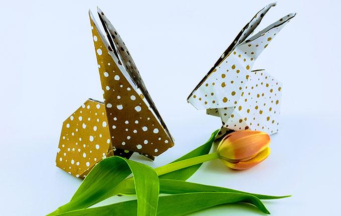 Selbst gebastelte Origami Hasen zu Ostern