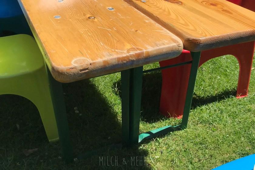 Lifehack Kindertisch aus Bierzeltbank