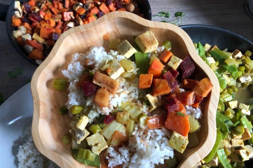 Reispfanne mit Tofu Koriander