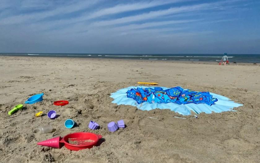 Strand Beschaeftigung Kleinkind