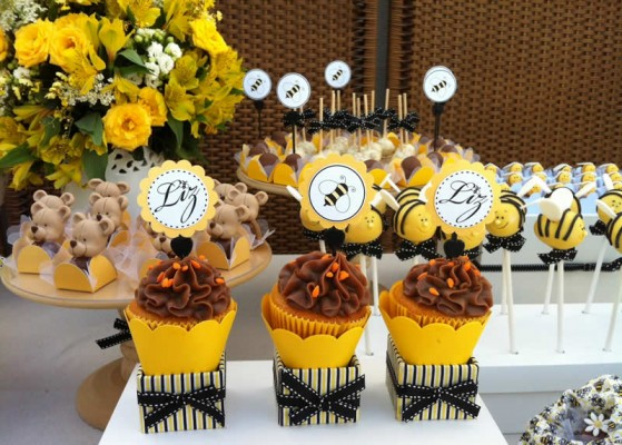 festa abelhinha linda