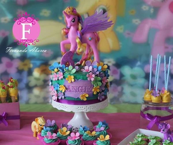 bolo meu pequeno ponei