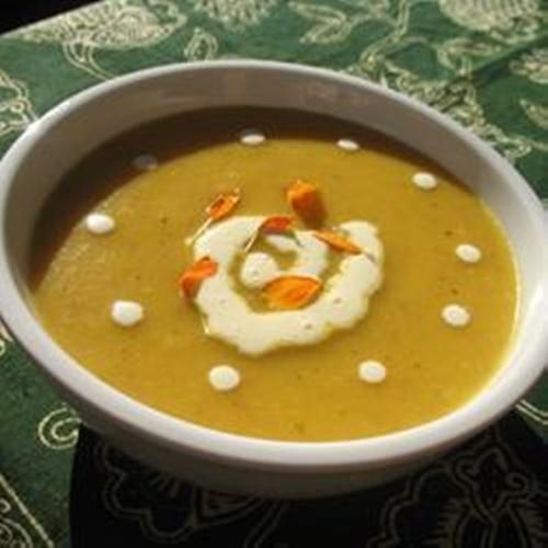 Fonte: http://allrecipes.com.br/receita/4951/sopa-cremosa-de-cenoura-e-batata.aspx