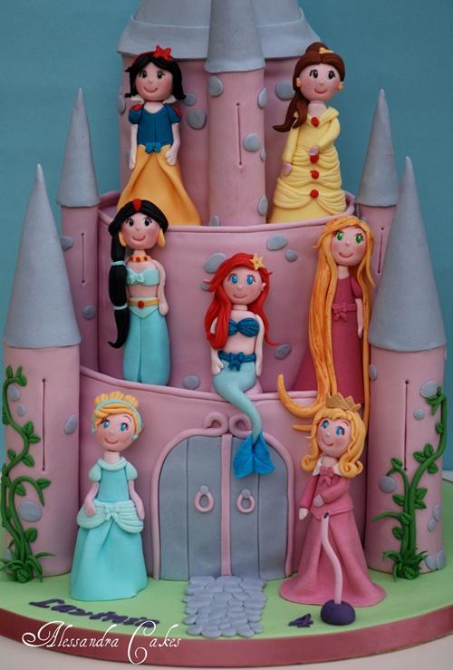 https://www.facebook.com/pages/Alessandra-cake-designer-Studio-Cake-
