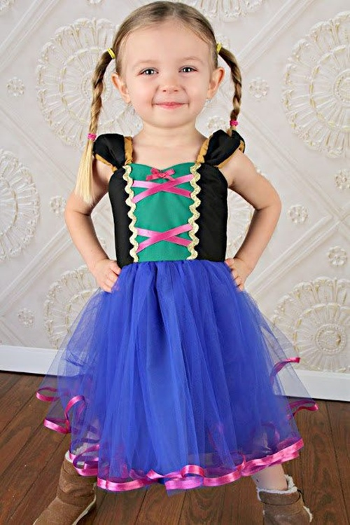 Fonte: https://www.etsy.com/listing/182054426/ana-tutu-dress-princess-dress-for?utm_source=OpenGraph&utm_medium=PageTools&utm_campaign=Share