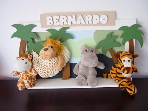 http://www.elo7.com.br/mo-0148-quadro-maternidade-zoo/dp/1896FF