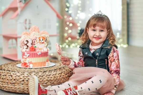 bolo de aniversário festa tema brinquedo