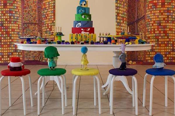 festa divertidamente decoração