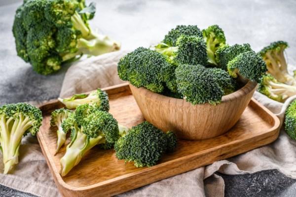 brócolis alimentos ricos em ácido fólico