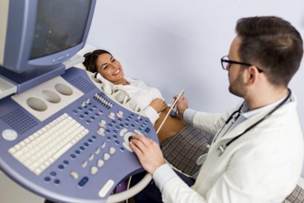 Primeiro ultrassom na gravidez