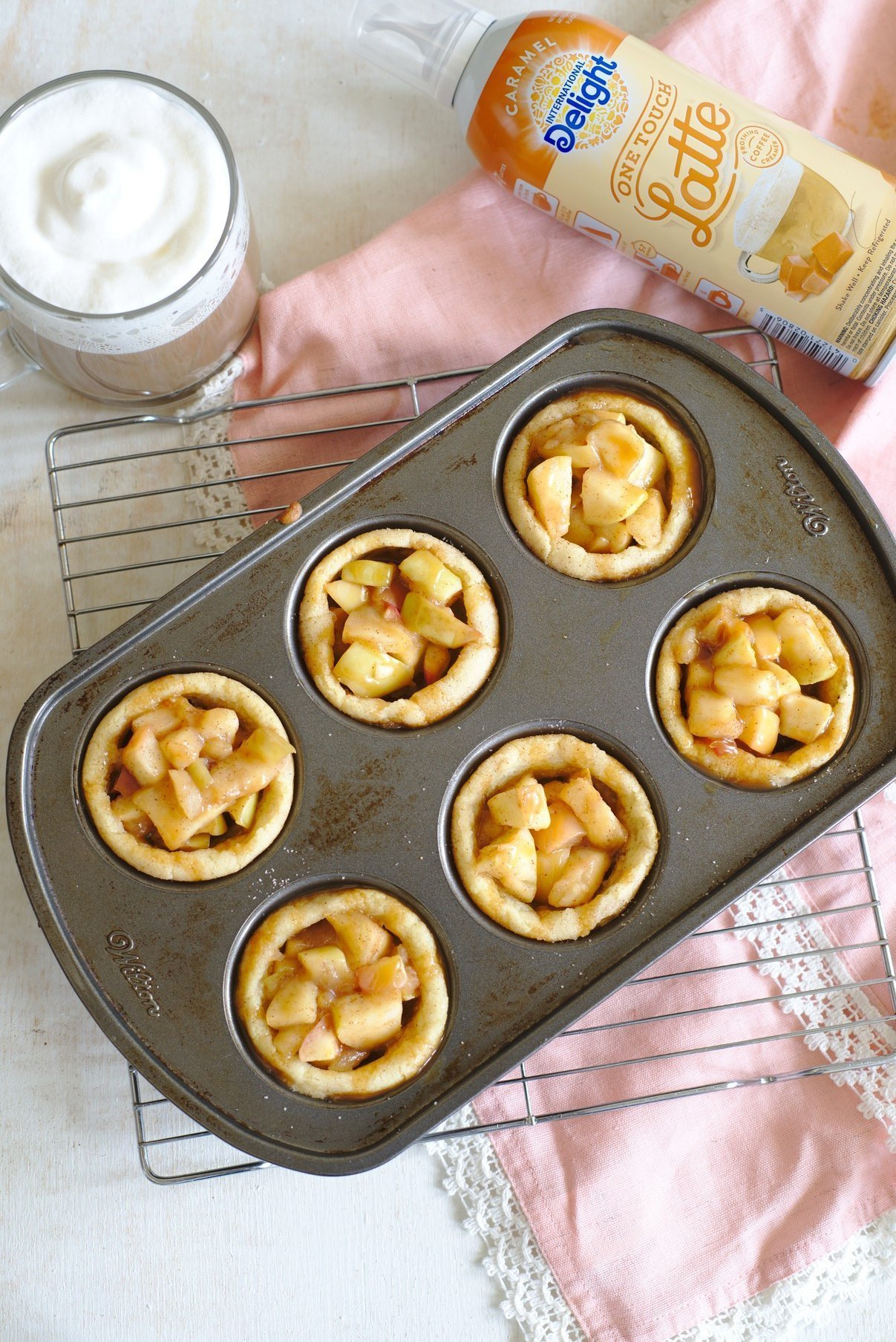 Apple Cookie Cups
