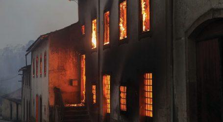 Portugal é lindo…  Portugal a arder…