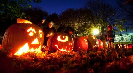 Forecasters call for cool, dry Halloween across much of the country