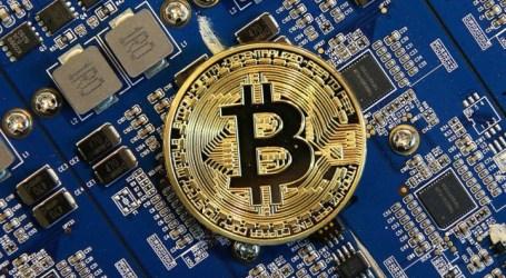Bitcoin bate novo recorde e ultrapassa os 9 mil dólares
