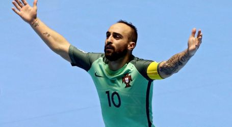 Uma mão cheia: Ricardinho é o melhor jogador de futsal do mundo pela quinta vez