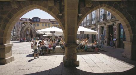 Cidades médias portugueses preveem bater recorde de turismo em agosto