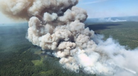Crews continue to battle Parry Sound 33 forest fire