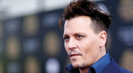 "Johnny Depp revolta-se contra Hollywood: ""Circo de merda"""
