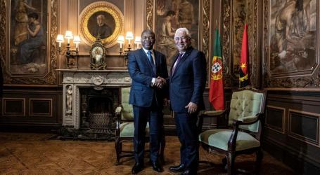 Presidente de Angola no Palácio da Bolsa para assinar acordos com Costa