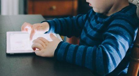 Estudo defende que luz dos ecrãs não influencia sono das crianças