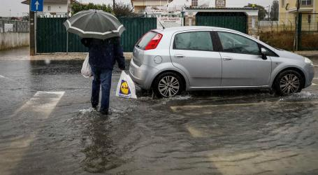 Chuva causou cerca de 400 inundações em Lisboa e Setúbal