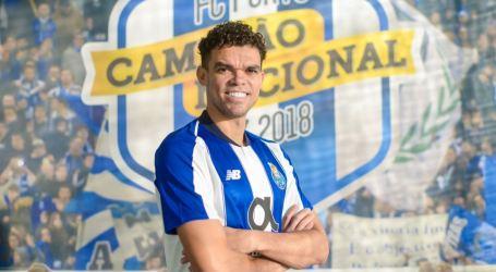 F. C. Porto oficializa Pepe