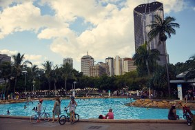 Southbank, public pool, free, for all, Brisbane, city, cityscape, things to do, was tun in Brisbane, Australien, Australia, nice day