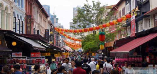 Souvenir shops in Chinatown