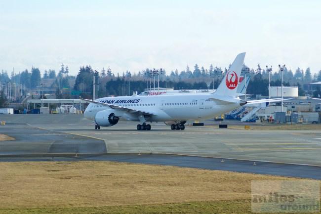 Japan Airlines Boeing 787 - MSN 34843 - JA867J