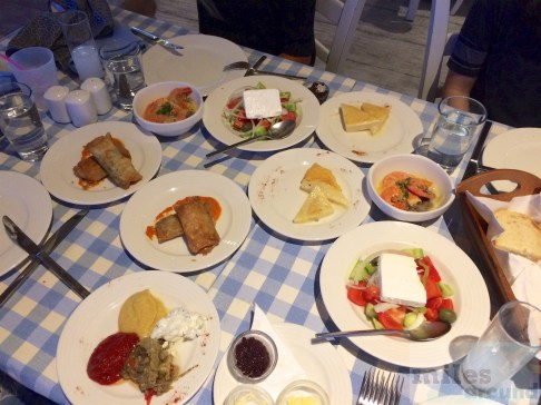 Vorspeisenvariation im Mylos Greek Tavern