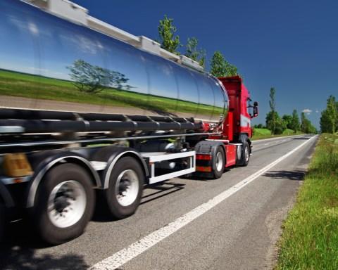 Der schöne Schein trügt: grüner Truck