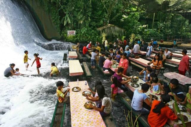 Labassin Watertalls. Filipinas