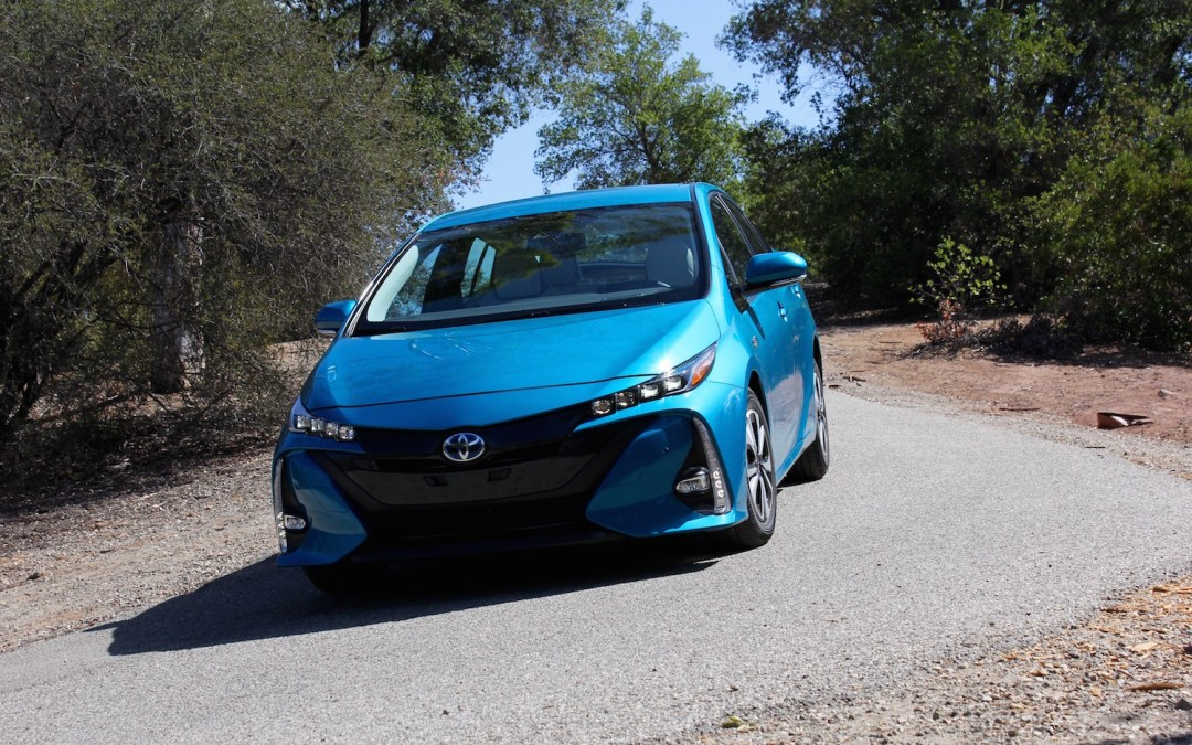 2017 toyota prius prime first drive review pictures videos pricing. Black Bedroom Furniture Sets. Home Design Ideas