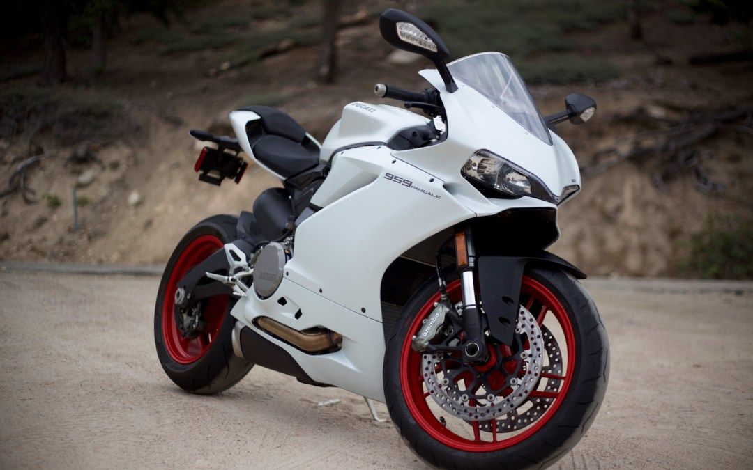 2018 Ducati 959 Panigale Superbike Review