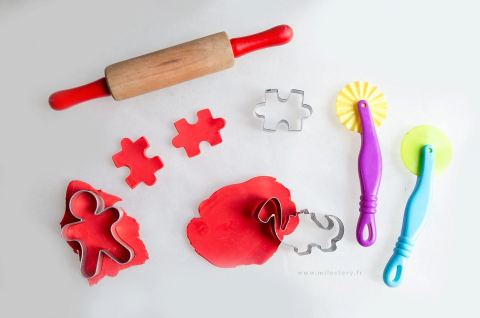 Matériel, premières activités et modèles à faire avec de la pâte à modeler