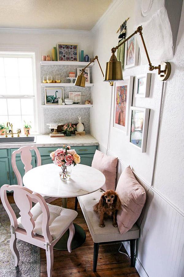 Güzel küçük yemek odası