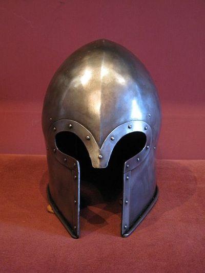 巴布塔头盔