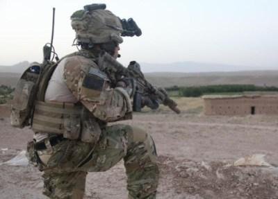 Moderner Gefechtshelm der US Armee im Einsatz