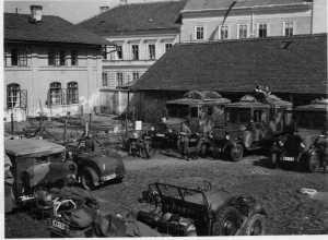 Motorisierte Infanterie bei Pause