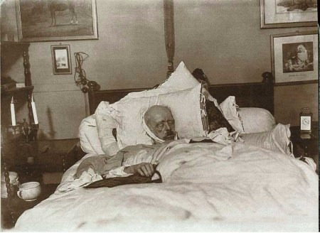 Bismarck auf dem Totenbett vom 31. Juli 1898 von Willy Wilcke und Max Priester