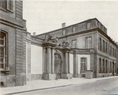 Il Palais Thurn und Taxis di Francoforte, sede del Bundestag, intorno al 1900
