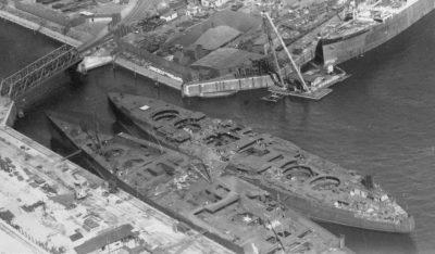 В процессе строительства находящийся линкор СМС Саксонию сверху замеченный