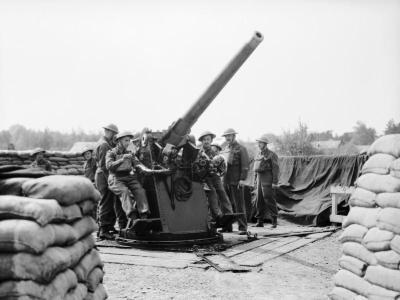 1940年5月在肯特郡第99防空团的QF 3英寸20英里重的枪