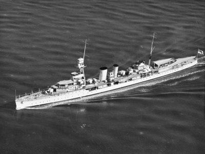 Croiseur léger HMS Danae