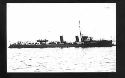 Destructeur HMS Kennet